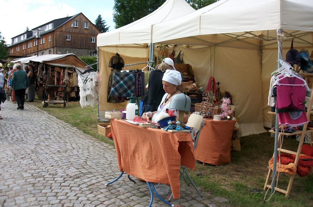 Marktstände zum Klosterfest in Grünhain-Beierfeld
